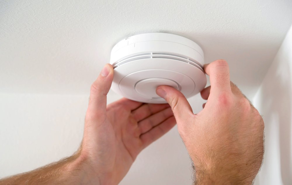 CO detector on ceiling